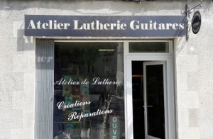 atelier_lutherie_guitares_jour